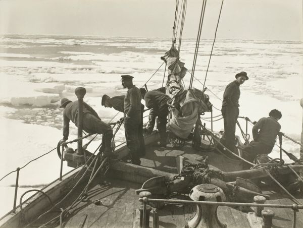 entering the pack ice december 9 1914