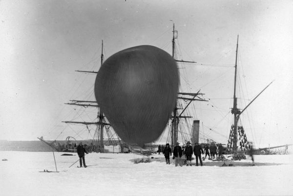 eva about to ascend 4 february 1902