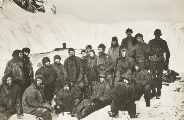 members of the expedition on elephant island