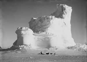 british antarctic expedition 1910 13 terra nova/castle berg dog sledge september 17th 1911