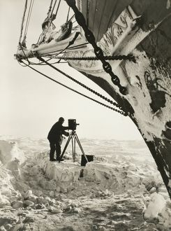 imperial trans antarctic expedition 1914 17/cinematographer hurley work