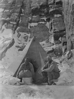 british antarctic expedition 1910 13 terra nova/debenham/crescent bay duke york island