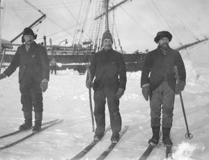 scottish national antarctic expedition 1902 04/mates skis davidson fitchie mcdougall