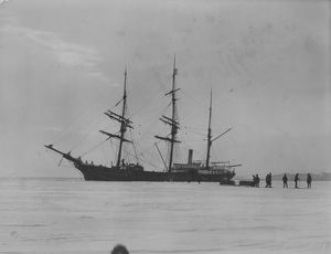 antarctic relief expeditions 1902 04/morning