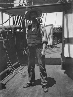 scottish national antarctic expedition 1902 04/unidentified crew member